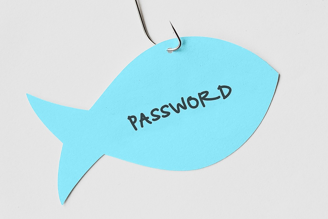 /online-brand-protection-how-monitoring-and-user-education-can-help-with-phishing-c52i32wc feature image